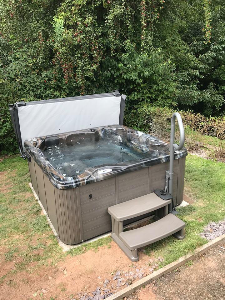 Hot tub with Tuscan Sun shell